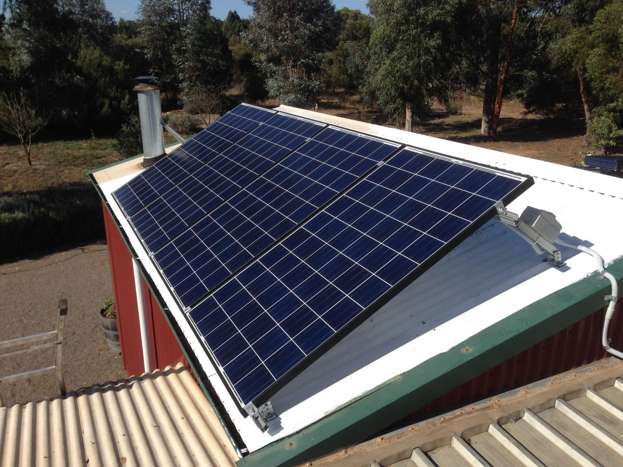 Off Grid Shed Power Energy Australia Wiring Solar Panels To The System Requires A Very Small Amount Of Space And Fits Neatly In Your Utility