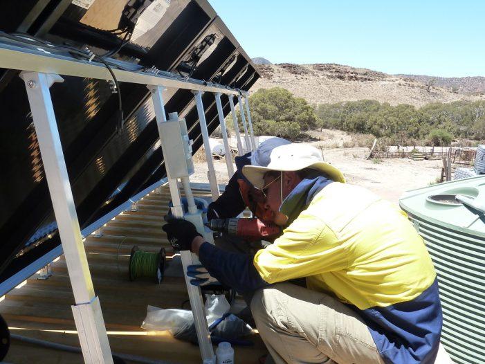 Tindo Solar panel installation