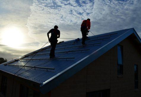 solar-installers-on-roof.jpg